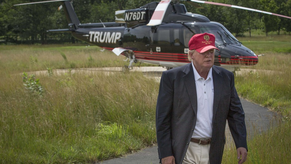 The Donald emerges from his Trump Copter to mingle with Iowa Real Muricans.'