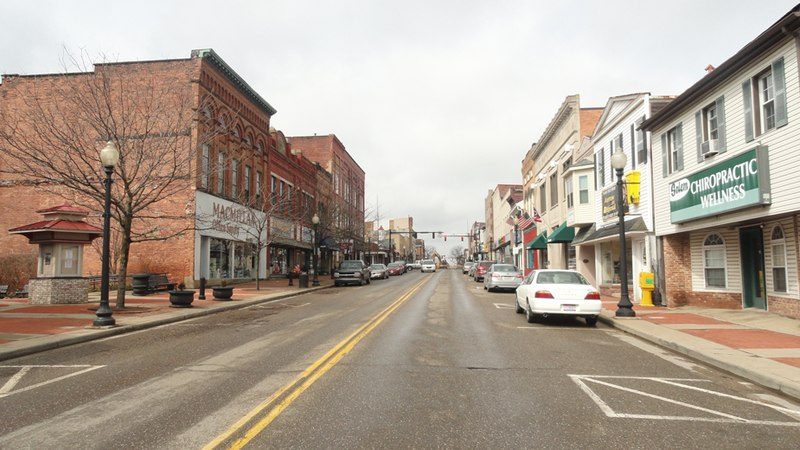 Salem, Ohio is where undocumented workers live with white Americans.,